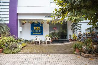 FabHotel Brooks Manor Chandan Nagar