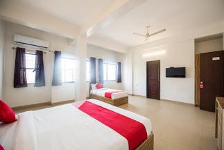 OYO 13168 Primrose Regency Hotel Pune